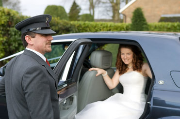 kitchener wedding limos near me