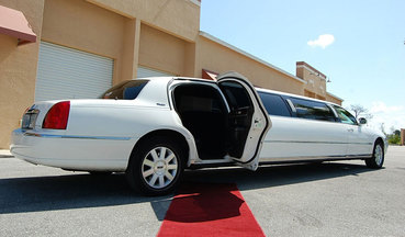 stretch limousine service kitchener